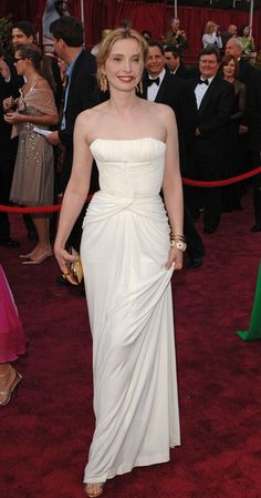 Stair Rods For Carpet Runners Julie Delpy, Film Awards, Academy Awards, Carpet Trends, Mod Fashion, White Silk, Red Carpet Looks, Style Icons, One Shoulder Wedding Dress