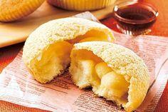 ローソン各店で、「メープル広がるメロンパン」が発売される。パン生地で、カナダ産メープルシロップのメープルシュガー入りクリームを包んだもの。