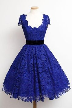 Hanyige A-line Scoop Knee Length Lace Homecoming Dresses Sash Royal Blue Cap Sleeves