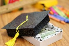 Graduation Cap - DIY Money Gifting Ideas