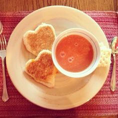 Valentine's Day hearty meals and snacks the kids will <3