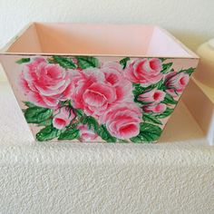 apinkrose4u -Shabby Cottage Chic Hand Painted Pink Roses HP Basket Box Bin Vtg…