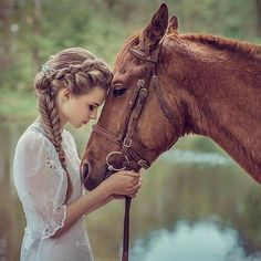 The most important role of equestrian clothing is for security Although horses can be trained they can be unforeseeable when provoked. Riders are susceptible while riding and handling horses, espec… Cute Horses, Pretty Horses, Horse Love, Beautiful Horses, Animals Beautiful, Cute Animals, Pictures With Horses, Horse Photos, Horse Wedding Photos