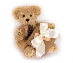 MATHEUSis a handsome Teddy Bear with a tie and glasses. He comes with a box of handmade soap with wonderful fragrancy.     #sendateddy #teddybear #toy #gift