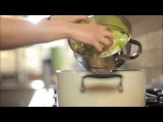 Wonderbag: How to Cook Chicken Braised with Bacon and Leeks - YouTube