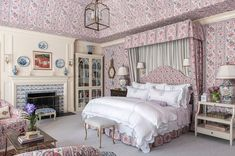 Brown Furniture, Southern Homes, Southern Living, French Country Style, Bedroom Carpet, House And Home Magazine, Guest Bedrooms, Dream Bedroom, Master Bedroom