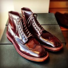The Best Men's Shoes And Footwear : wingtip boots -Read More – Me Too Shoes, Men's Shoes, Shoe Boots, Dress Shoes, Shiny Shoes, Sharp Dressed Man, Well Dressed Men, Fashion Shoes, Mens Fashion