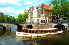 "Another pinner said: ""When you visit Amsterdam, a boat tour of the city's waterways should be one of the top to-dos on your list."""