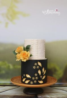 Pottery inspired cake by Sweet Symphony