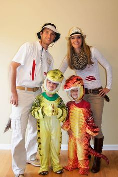 38 halloween costumes for kids/girl!Halloween may be a time of all things spooky and scary but you just can\'t beat the cuteness of a toddler in costume. Find the best toddler Halloween Costume . At Home Halloween Costumes, Dinosaur Halloween Costume, Dino Costume, Theme Halloween, Family Halloween Costumes, Baby Halloween, Costume Ideas, Halloween 2017, Homemade Halloween