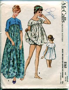 1950s Misses' Baby Doll Nightgown