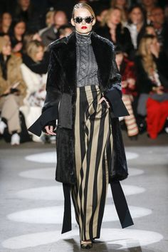 Christian Siriano Fall 2016 Ready-to-Wear Collection Photos - Vogue