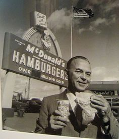Ray Kroc - McDonald's photo at National Portrait Gallery White Things white collar jobs in the Ray Kroc, Mcdonald's Restaurant, Vintage Restaurant, Kaizen, Old Photos, Vintage Photos, Vintage Signs, Thing 1, National Portrait Gallery