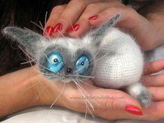 Cat Siam Amigurumi toy with wire frame Crochet by LittleOwlsHut,
