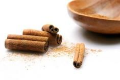 Cinnamon does more than spice up your muffins This sweet spice, used most often to pep up pancakes, toast, oatmeal or buns, has a long and storied history that includes being used in the ancient Egyptians' embalming process. But it may also do more than make our food taste better. A 2003 study in the journal Diabetes Care of five dozen people with Type 2 diabetes showed that the daily addition of cinnamon to their diet lowered blood sugar, cholesterol and triglyceride levels after 40 days.