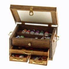 Dollhouse Miniature Artist's Workcase  Art supplies and miniatures--two of my favorite thing combined!  I would love to have a whole miniature Artist's STUDIO...
