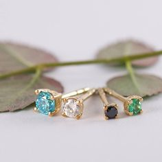 1 2 3 or 4? Topaz diamond sapphire and emerald for every taste.