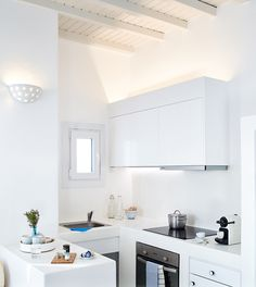 Agnandi Suite  in Mykonos | tiny white kitchen