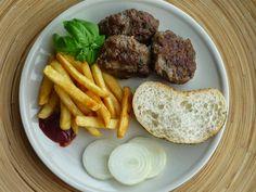 Emel Mutfakta: İrmik li  Köfte