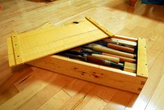 Daiku Dojo -- Woodworking How To's: Small Japanese Toolbox