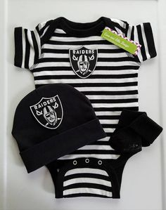 a4f7eb67a Baby boy Oakland Raiders outfit with hat/Oakland Raiders baby Raiders Baby  Clothes, Baby