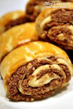 Gata Nazook (Armenian Christmas Pastry). alternate here: http://translate.google.com/translate?sl=auto&tl=en&js=n&prev=_t&hl=en&ie=UTF-8&u=http%3A%2F%2Fwww.lesgourmandisesdisa.com%2F2012%2F04%2Fdaring-bakers-nazook-armenien_27.html%3Fm%3D1 or here: http://www.tastebook.com/recipes/2807522-Gata?full_recipe=true or here: http://www.armenianow.com/features/mama_makes_it_better/20865/cooking_gata