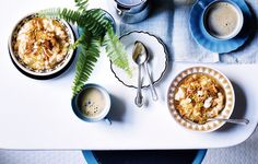 5 Grain Porridge with Bee Pollen Apples, and Coconut. If you don't have each and every grain listed, don't stress. Use what you've got—just bump up the quantity. Coconut Recipes, Apple Recipes, Healthy Recipes, Healthy Food, Healthy Eating, Healthy Brunch, Healthy Tips, Yummy Recipes, Diet Recipes