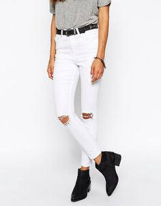 e7fb0a5a12f2 ASOS Ridley Skinny Ankle Grazer Jeans in White With Rip and Destroy Busts  Białe Dżinsy