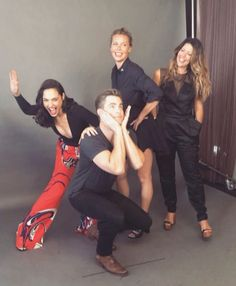 Wonder Woman: Gal Gadot, Chris Pine, Connie Nielsen, and Patty Jenkins at San Diego Comic Con 2016 (SDCC) (photo via Entertainment Weekly's Instagram)
