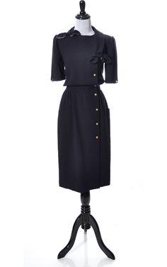 Dressing Vintage - 1970s Valentino Boutique vintage dress mint condition, $425.00 (http://dressingvintage.com/1970s-valentino-boutique-vintage-dress-mint-condition/)