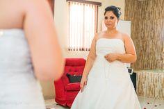 Casamento Loiane & Raul [ Making of ] Agosto/2015 em Sumaré SP por Vanessa Qualtieri Fotografia