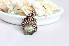 Copper pendant, Wire wrap necklace, Wire wrapped jewelry handmade, labradorite  pendant by LenaSinelnikArt on Etsy