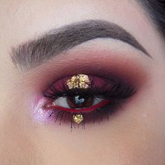 dirtymelodies: Rust ❌ Gold ❌ Using @meltcosmetics Lovesick & Dark Matter stacks all ova my eyes and brows! Set the brows with @anastasiabeverlyhills Brunette Brow Gel! I am in love with these eyeshadows! Inner corner is Illamasqua Static & waterline is @limecrimemakeup Red Velvet! Gold leaf flakes are from the art store & lashes are @lashesbylena in Grace as usual! #batalash Full face coming up!