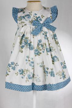 Vestido Brincar - Estampa Floral Azul :: :: Domittila ::