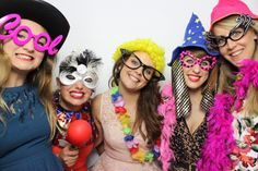 Event Pics with Friends - Partypicturebooth.com