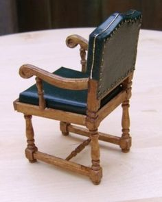how to: dining chair from Titanic The Titanic in miniature... (language translations per Google available on blog)