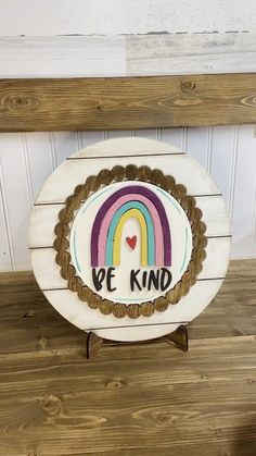 Diy Crafts Hacks, Easy Diy Crafts, Wooden Spool Projects, Wood Laser Ideas, Casa Loft, Christmas Crafts To Make, Plate Stands, Art N Craft, Country Farmhouse Decor