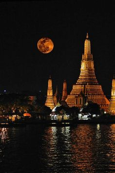"""Full Moon"" over Chaopraya River, Bangkok, Thailand."