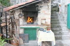 #Tuscan #forno with hot fire from #olive wood #casadeisogni