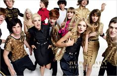My fav models Agyness and Lily Donaldson in Burberry campaign Lily Donaldson, Edie Campbell, Alex Pettyfer, Eddie Redmayne, Mario Testino, V Magazine, Laura Fraser, Vanity Fair, Vogue Paris