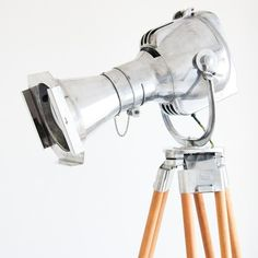 I want to use this somewhere!!! SkinFlint Design Vintage theatre projector with trip #design