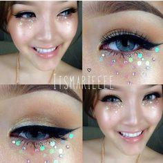 Glittery eye look