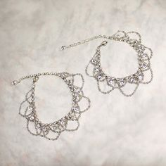 These gypsy style anklets are perfect for the modern bohemian bride & boho beach weddings! Inspired by hippie chic and music festivals, these crystal