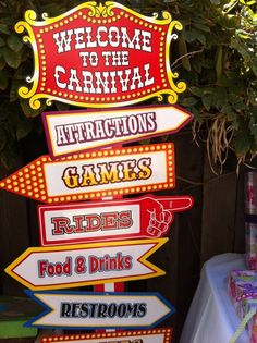 This way to the carnival circus