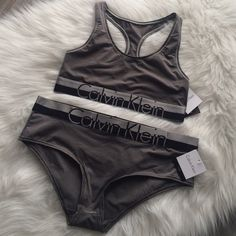 CK modern micro set size M NWT. 39% polyester, 39% nylon, 22% elastane. May have small pin hole from tag. No trades. All sales final! Calvin Klein Intimates & Sleepwear