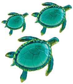 Comfy Hour Coastal Ocean Sea Turtles Wall Art Decor Set Pieces - Large): Three pieces of adorable sea turtles perfect for tropical themed wall decor. Art Sculpture, Wall Sculptures, Glass Wall Art, Hanging Wall Art, Beach Wall Decor, Wall Art Decor, Coastal Style, Coastal Decor, Turtle Homes
