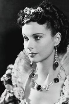 "viviensleigh: "" Vivien Leigh photographed by Howard Coster for Fire Over England (1937) """