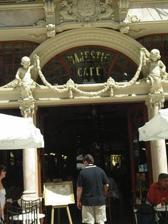 Porto - beautiful place to visit again~ Majestic Cafe at Porto