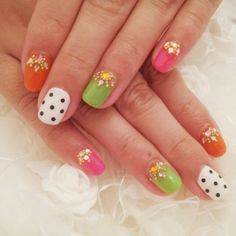 nail art design for short nails, pink, orange, green, polka dots #nailart #shortnail