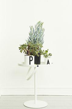 Design Letters | Flodeau.com #plant #pot